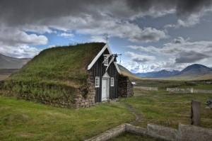 Saurbaejarkirkja_Eyjafirdi_IcelandTB