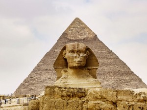 Cairo-Sphinx-And-The-Great-Pyramid