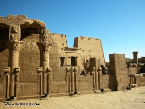 edfu-temple-of-horus-